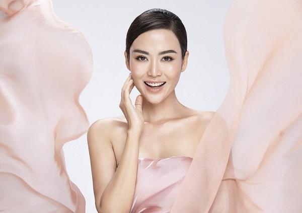 Hoa hậu, MC Thu Thủy chăm sóc da tại DIVA