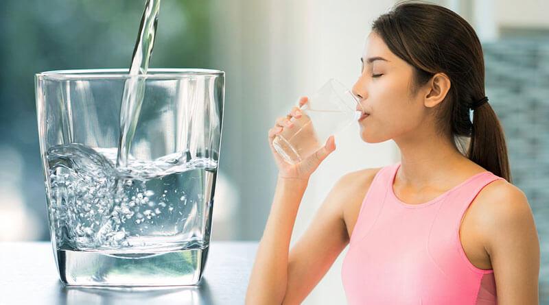 Tổng hợp 9 cách trị thâm môi bằng củ dền đỏ hiệu quả