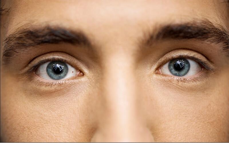 Bói vận mệnh nốt ruồi trong lòng trắng mắt chuẩn xác nhất!
