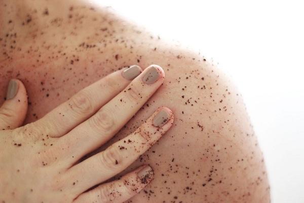 7 Cách chăm sóc da cổ  trắng mịn không phải ai cũng biết